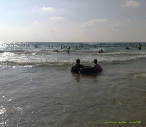 מים_חוף_הים_בית_ינאי_קיץ_2010