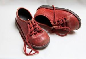 נעליים אדומות_פיקסביי